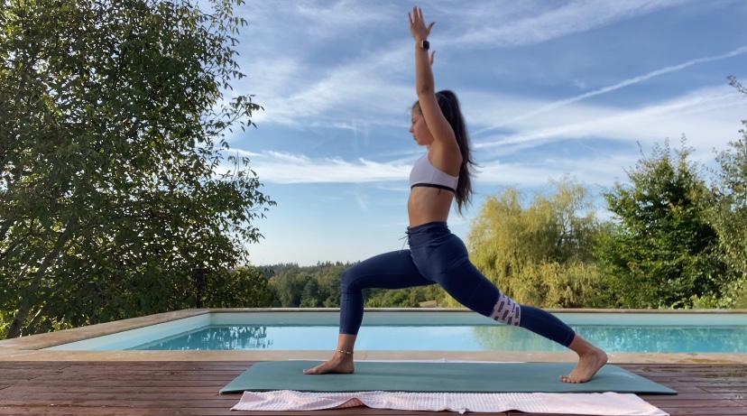 Yoga ist deine große Leidenschaft? Zertifizierte Yoga LehrerInnen bieten unterschiedliche Stile und Einheiten an, damit du deinen individuellen Yoga Weg findest. Join the Movement …